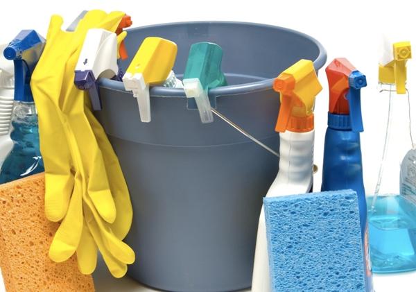 Подготовьте все необходимое для уборки. Фото с сайта www.staralliancefm.com