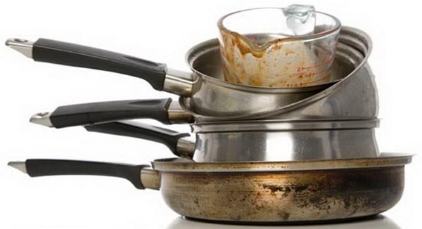 Чем отмыть пригоревшее варенье