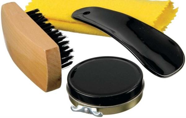 Мазь для чистки обуви: чем отличается от крема и как правильно сделать выбор