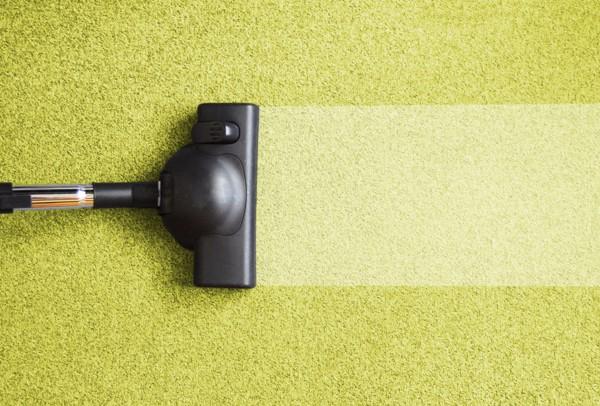 Как пропылесосить ковер: секреты эффективной чистки