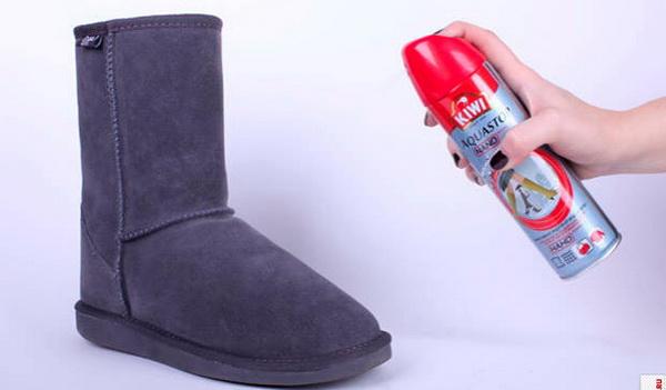 Три простых способа почистить угги в домашних условиях подручными средствами