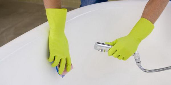 Как отмыть ванну (акриловую, гидромассажную, чугунную) в домашних условиях от желтого налета и ржавчины бытовой химией и народными средствами