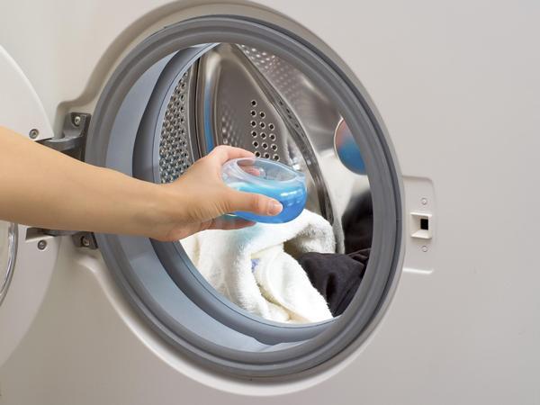 По желанию моющее средство можно помещать прямо в барабан. Фото с сайта tuttopercasa.it