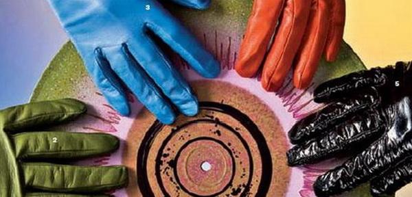 Как вычистить кожаные перчатки от грязи, пятен и засаливания: химчистка и домашние методы