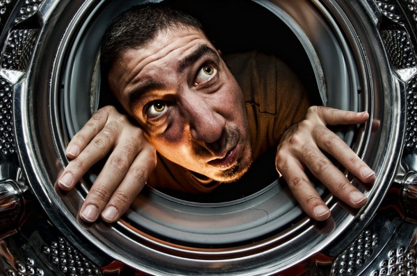 Следите за состоянием стиральной машины. Фото с сайта kakprosto.ru
