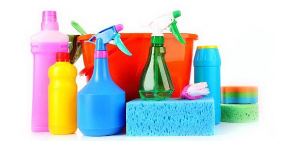 Чем отмыть пластиковый подоконник от грязи и после ремонта: обзор средств, советы и рекомендации