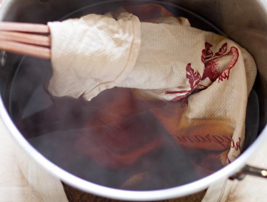 4 основных правила, как кипятить белье