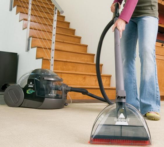Рассказ домохозяйки, как выбрать моющий пылесос для дома: основные характеристики, дополнительные функции и преимущества, управление, насадки, аквафильтр