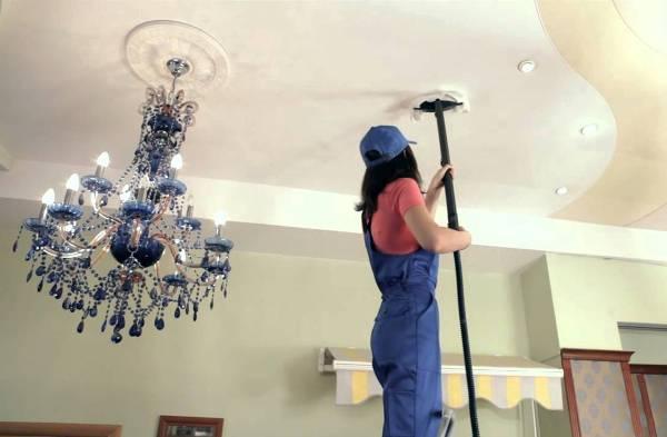 Как ухаживать за натяжными потолками, чтобы они долгие годы радовали глаз